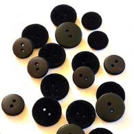 2-Hole Velvet Button